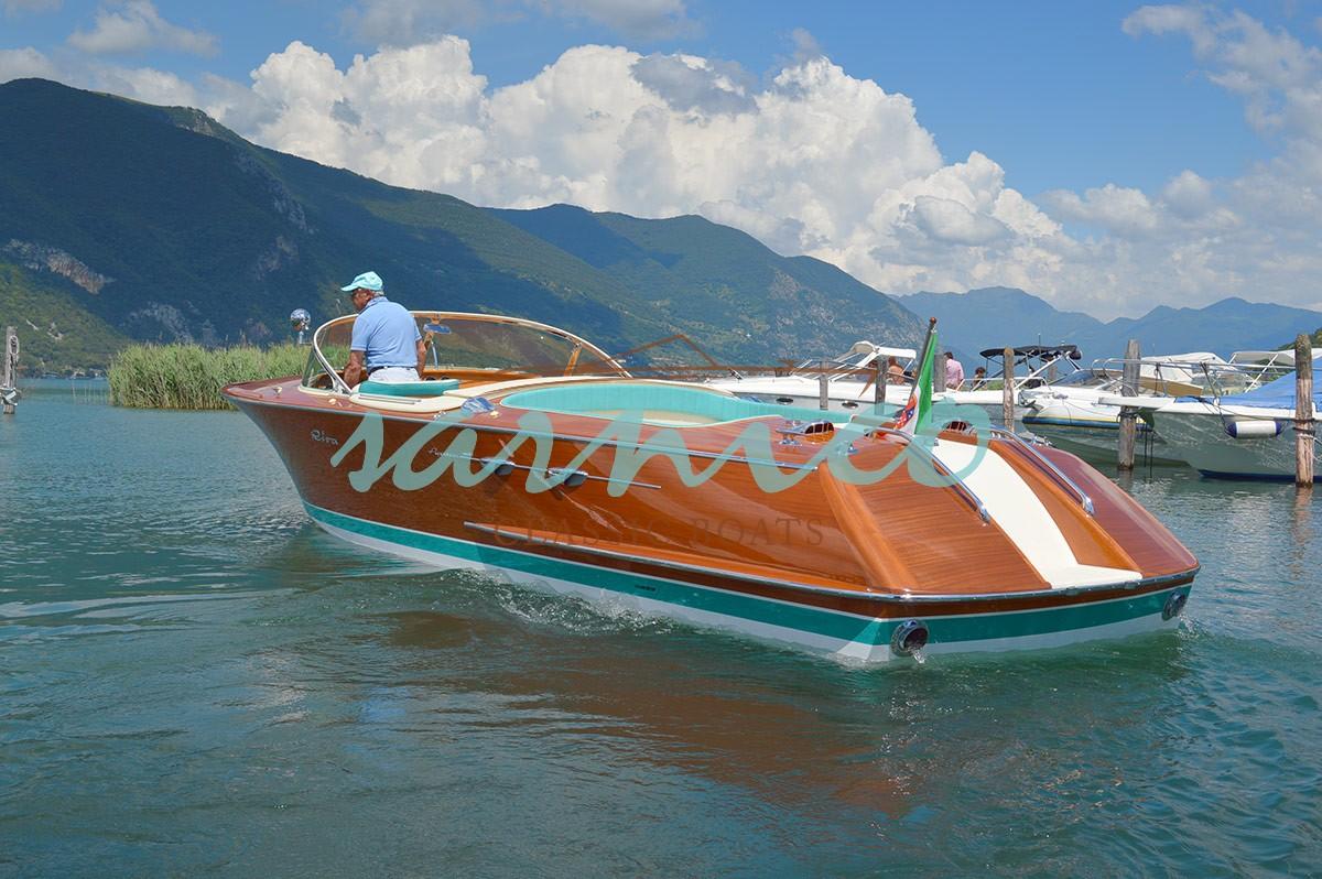 Sarnico Classic Boats – Riva Aquarama (2)